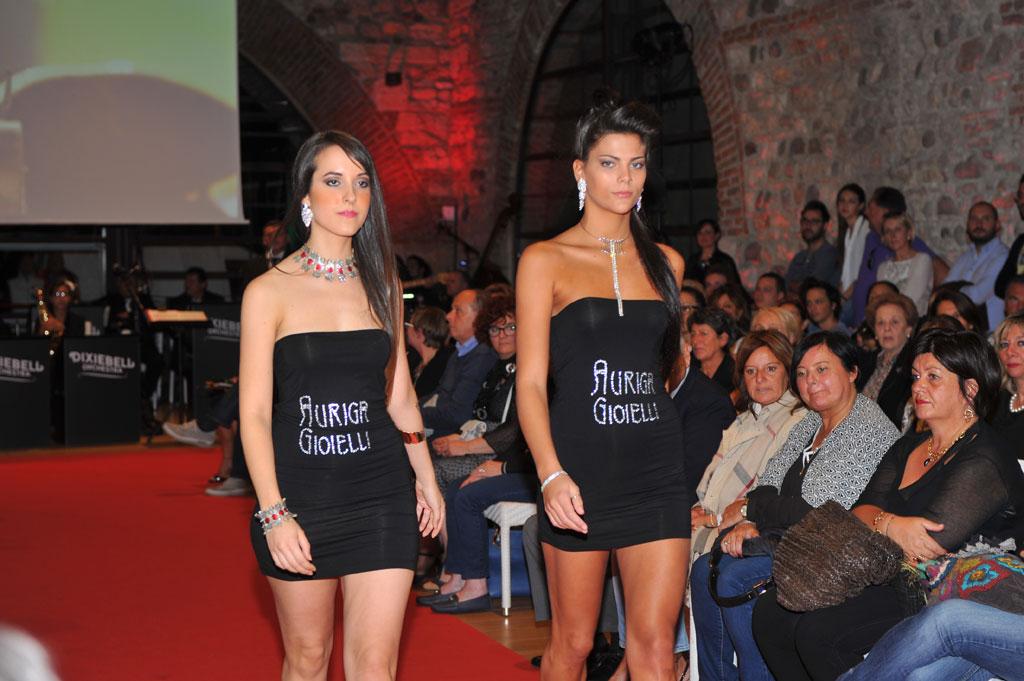 Lazise Fashion by Night